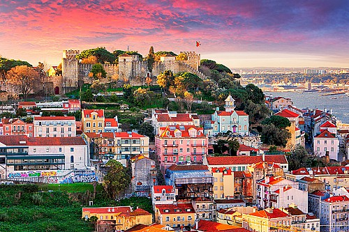 Portugal Golden Visa in Lisbon/Porto and the coast only until July!