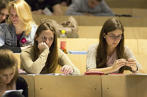 Hungarian scholarships: Pakistani students to start classes