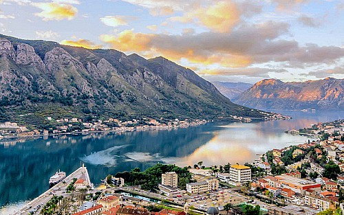 Why invest in Montenegro's Montis Mountain Resort for citizenship?