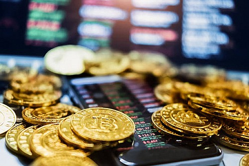 Cryptocurrency taxes, residency and citizenship programs