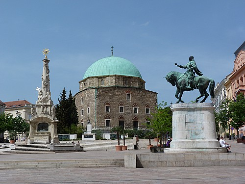 Old friends: Shiraz and Pécs become sister cities